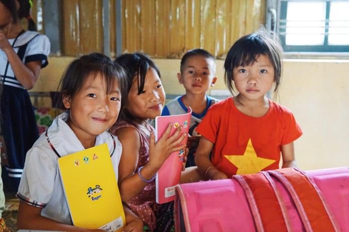 Chương trình từ thiện áo thun Say Happy