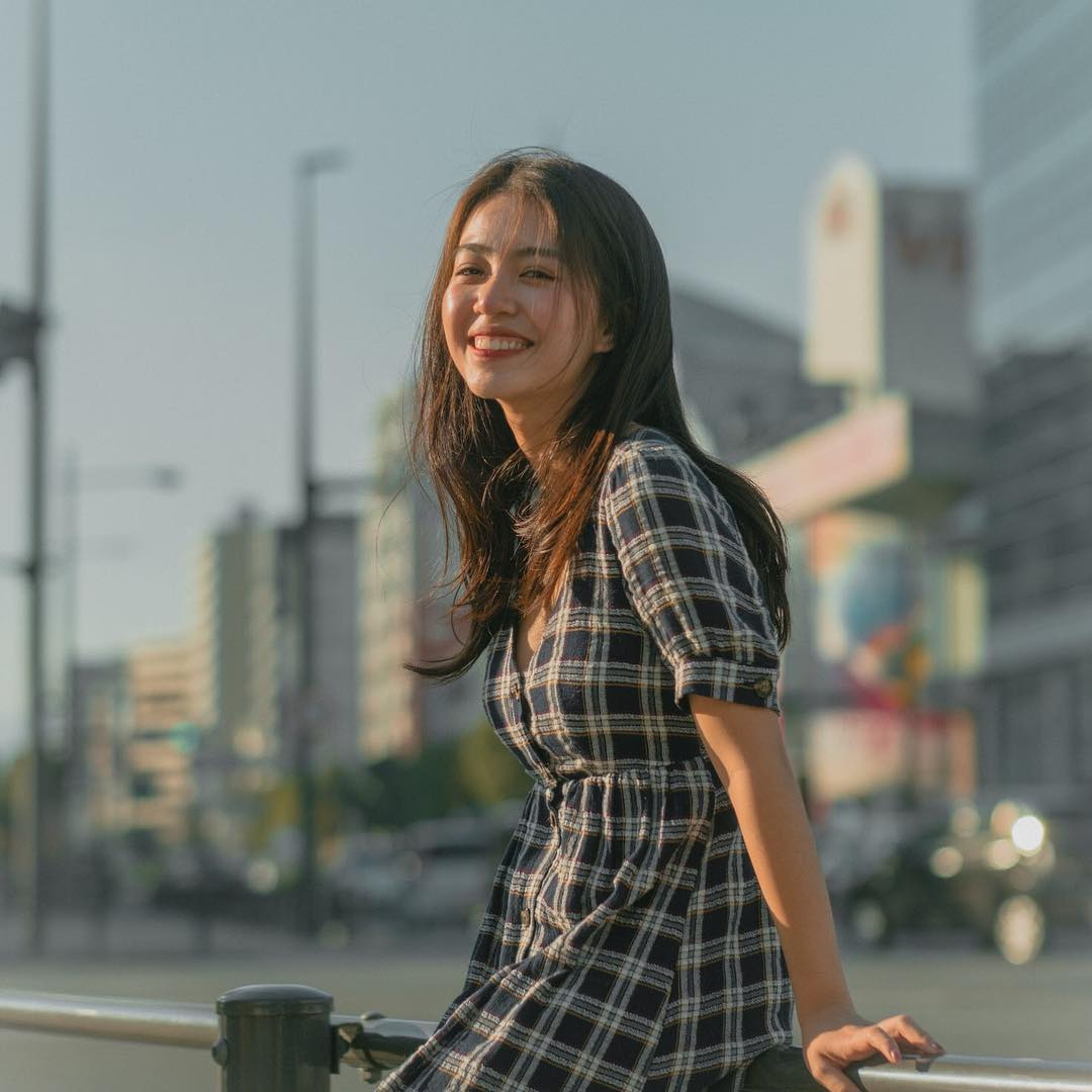 Váy caro dễ thương đậm chất style Mẫn Tiên