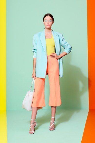 Show thời trang 2020 của Vougue giới thiệu thời trang cảm hứng từ color block