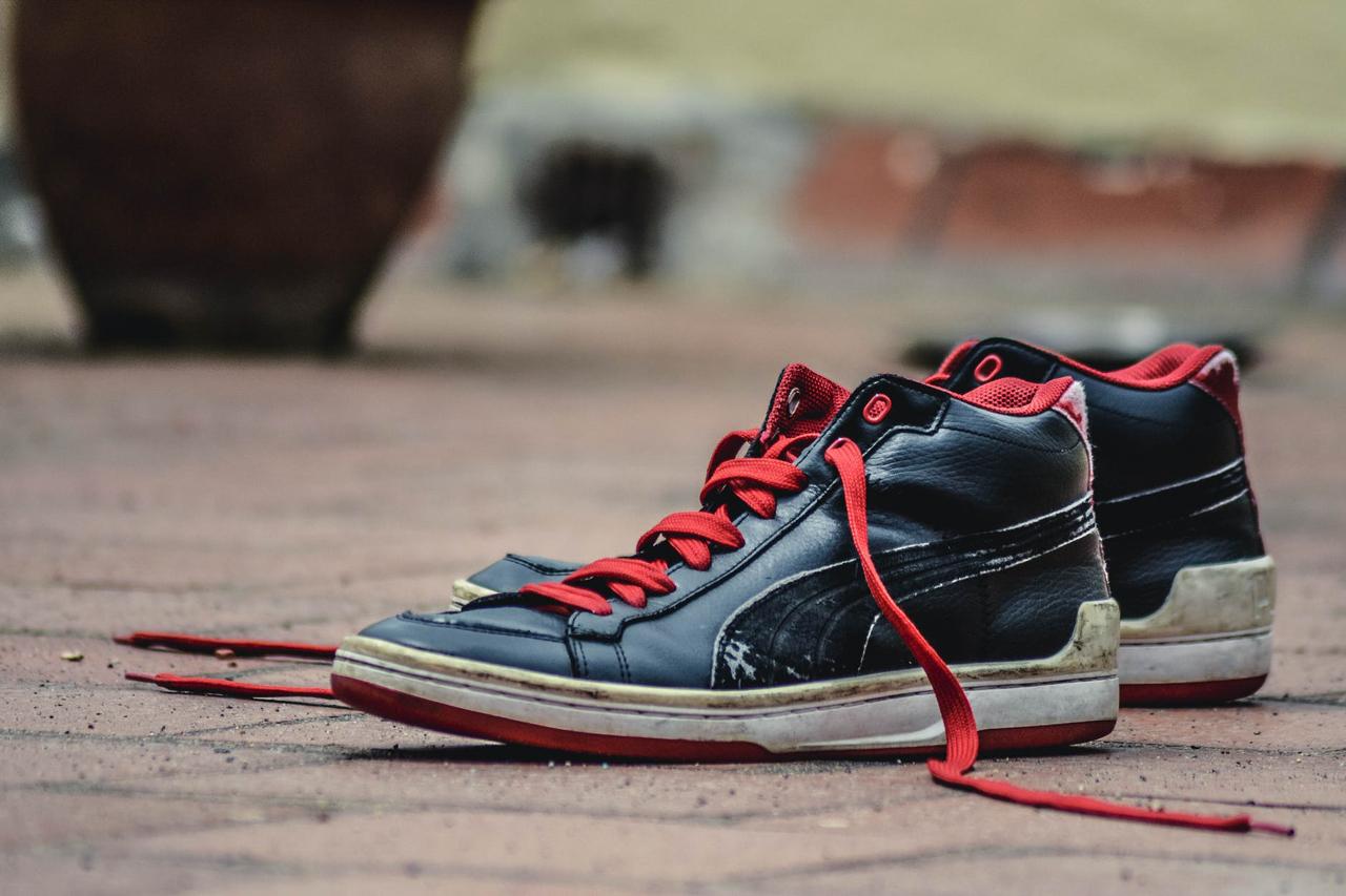 Giày cũ